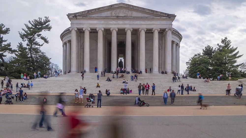 Time lapse of people at Thomas Jefferson Memorial, Washington DC, United States of America, North America