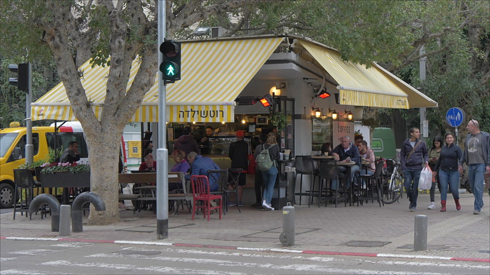 People and cafe on Rothschild Boulevard, Tel Aviv, Israel, Middle East