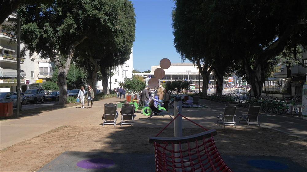 Activities on Rothschild Boulevard and Habima Square in background, Tel Aviv, Israel, Middle East