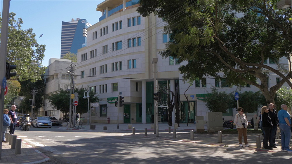 Architecture and activities on Rothschild Boulevard, Tel Aviv, Israel, Middle East