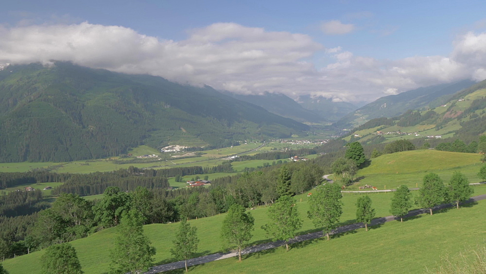 Valley and mountains in the Pinzgau region, Tyrol, Austrian Alps, Austria, Europe