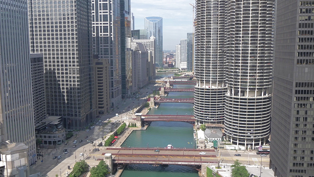 The Chicago River from rooftop bar, Chicago, Illinois, United States of America, North America