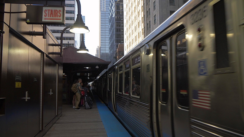 Loop train arriving at station, Chicago, Illinois, United States of America, North America