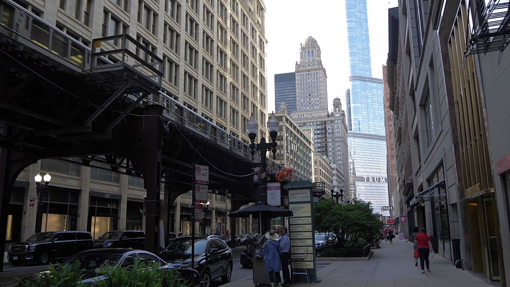 Wabash Avenue and train on the Loop, Chicago, Illinois, United States of America, North America