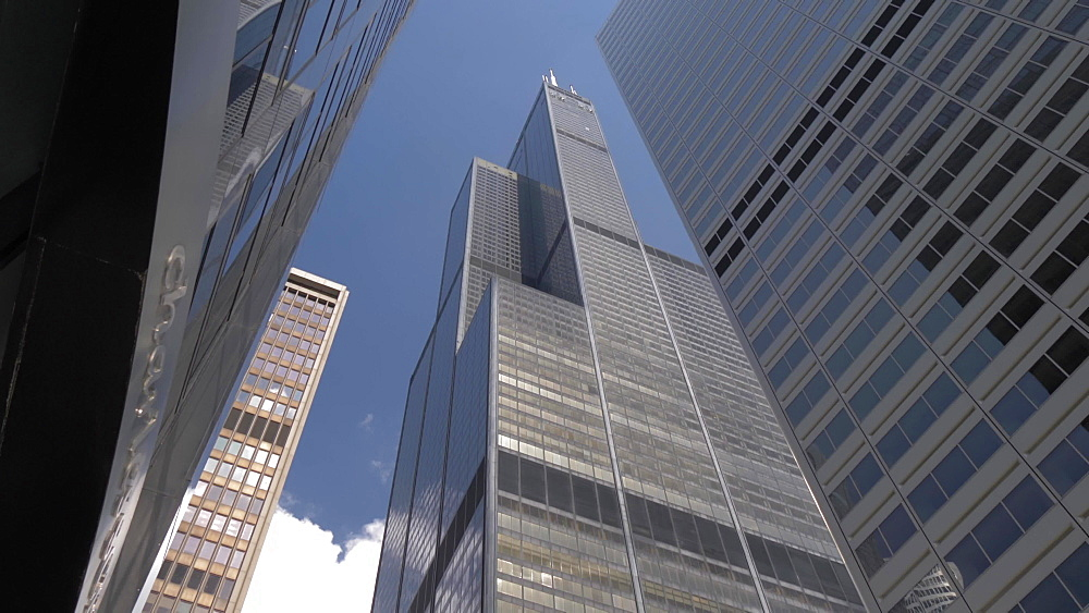 Tilt shot of the Willis Tower and neighbouring buildings, Chicago, Illinois, United States of America, North America