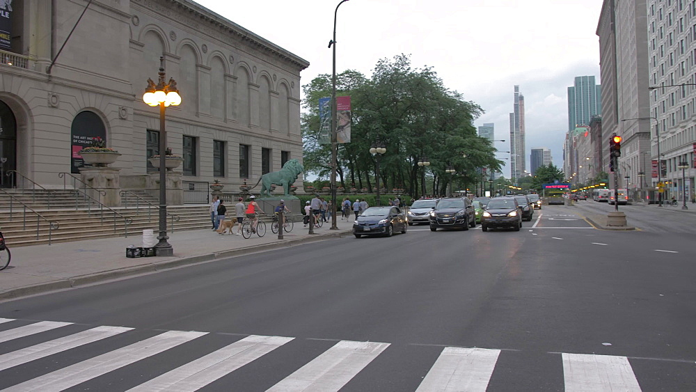 The Art Institute of Chicago and traffic on Michigan Avenue, Chicago, Illinois, United States of America, North America
