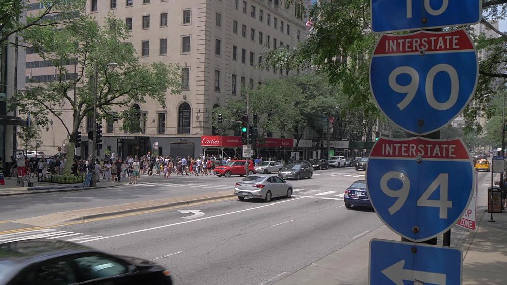 Traffic on Michigan Avenue, Chicago, Illinois, United States of America, North America