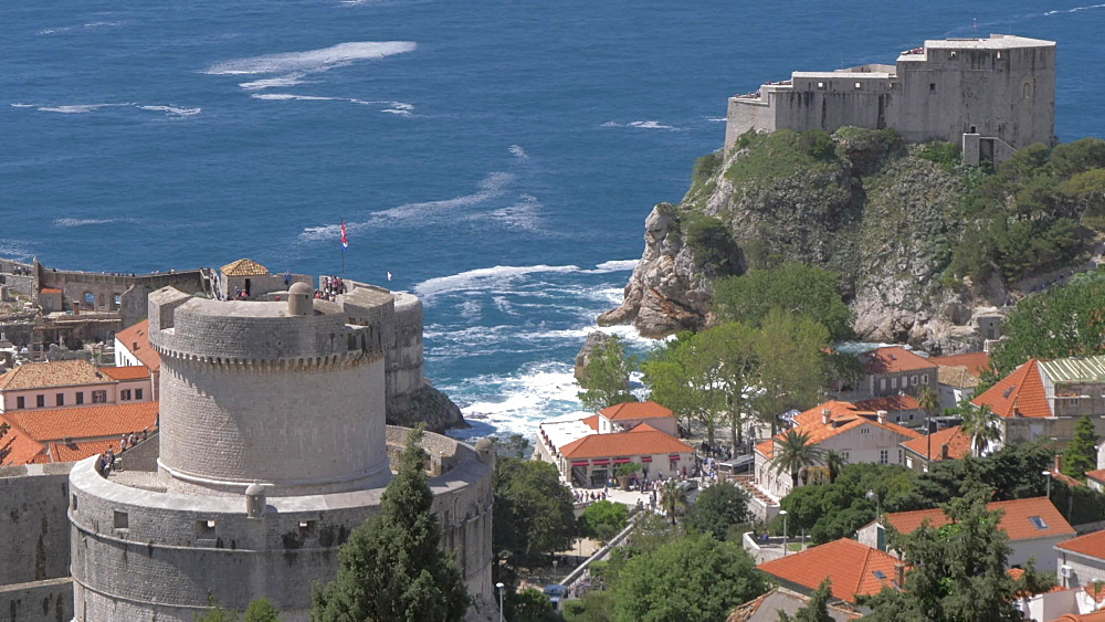 Shot from Adriatic Sea to Dubrovnik Old Town from elevated position, UNESCO World Heritage Site, Dubrovnik, Dubrovnik Riviera, Croatia, Europe