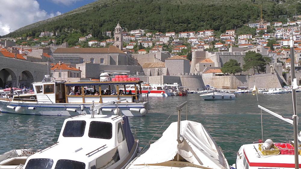 Old Town Harbour, UNESCO World Heritage Site, Dubrovnik, Dubrovnik-Neretva, Croatia, Europe