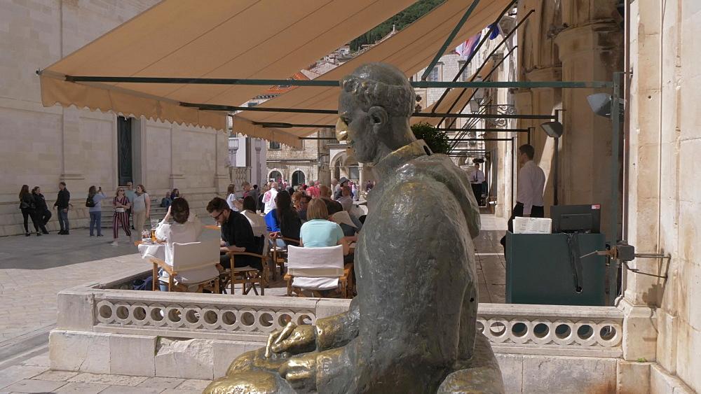 Marin Drzik statue, Dubrovnik Old Town, UNESCO World Heritage Site, Dubrovnik, Dubrovnik Riviera, Croatia, Europe
