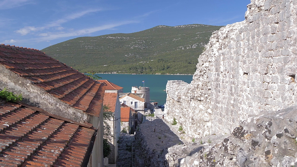 Harbour and the village of Mali Ston from an elevated position, Mali Ston, Dubrovnik-Neretva, Croatia, Europe