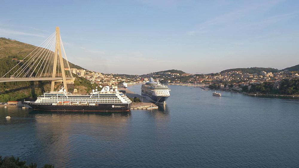 Franjo Tudjman Bridge and cruise ships in port of Dubrovnik, Dubrovnik Riviera, Croatia, Europe