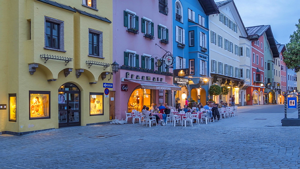 Time lapse of architecture and cafes on Vorderstadt at dusk, Kitzbuhel, Austrian Tyrol Region, Austria, Europe