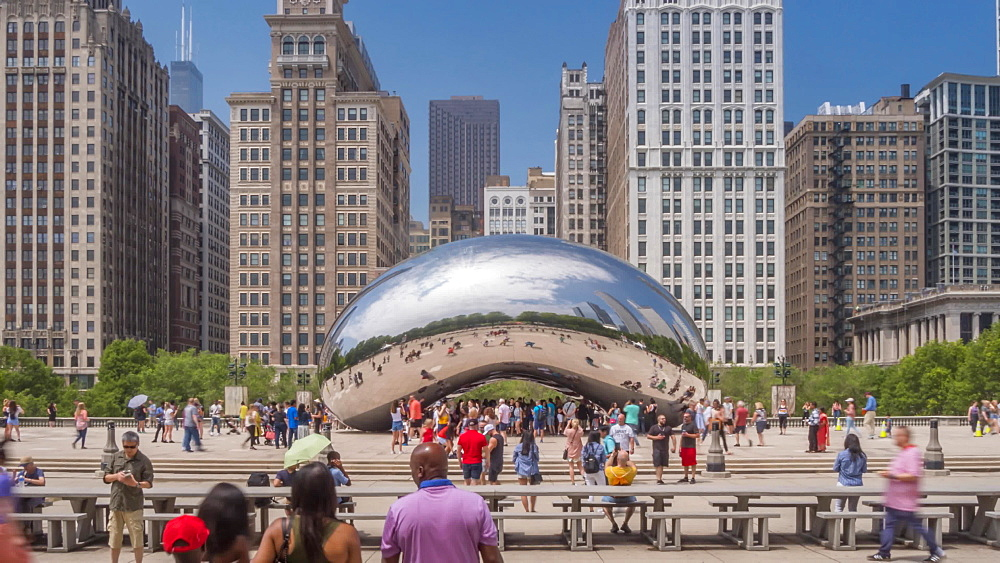 Time lapse of Cloud Gate (the Bean), Millennium Park, Downtown Chicago, Illinois, United States of America, North America