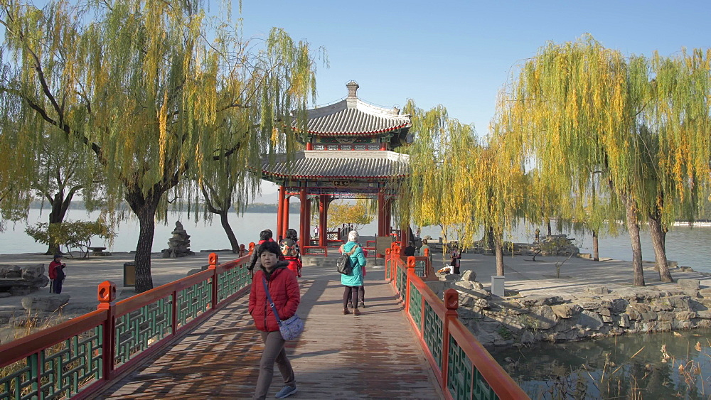 Pagoda near Wenchangge and Kunming Lake, The Summer Palace, UNESCO World Heritage Site, Beijing, People's Republic of China, Asia