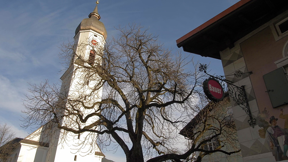 Parish Church of St. Martin in winter, Garmisch-Partenkirchen, Bavaria, Germany, Europe