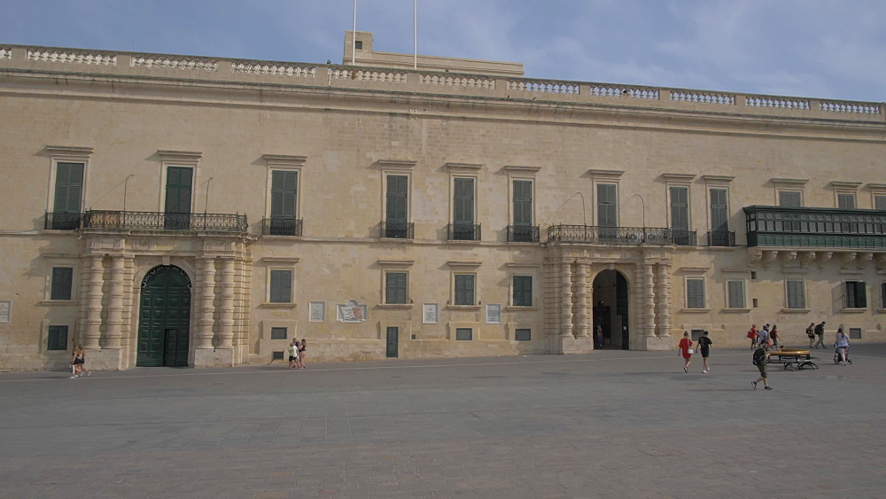 Palace Armoury on St. Georgeís Square, Valletta, Malta, Mediterranean, Europe