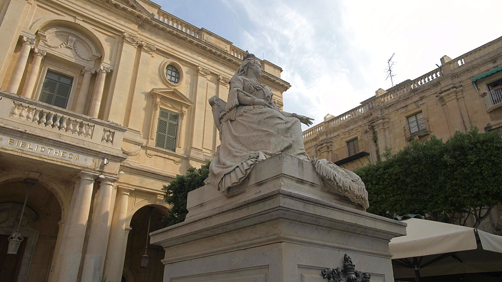 Statue of Queen Victoria, Piazza Regina, Valletta, Malta, Mediterranean, Europe