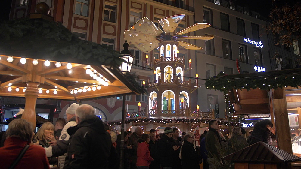 Christmas Market in Old Town at Christmas, Munich, Bavaria, Germany, Europe