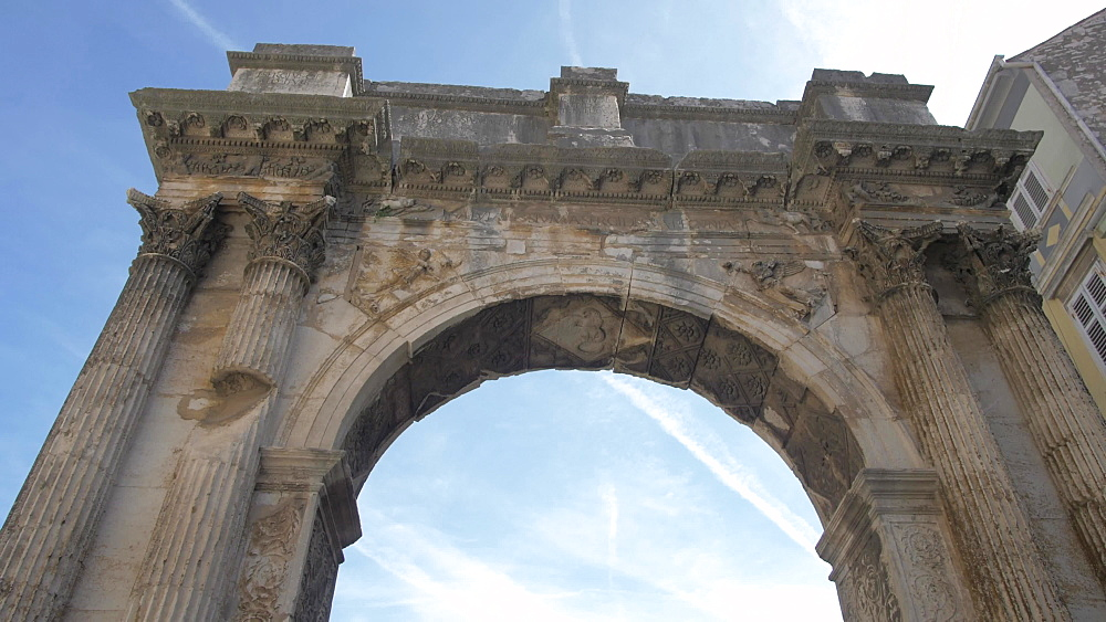 Shot through the Arch of the Sergii in old town, Pula, Istria County, Croatia, Adriatic, Europe