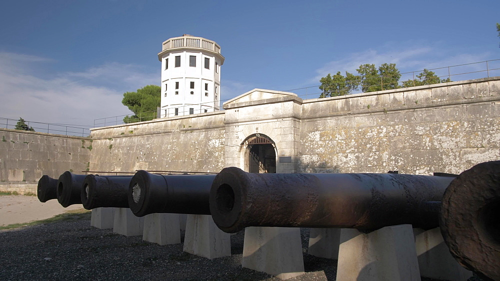 Tracking shot of cannons at entrance to Venetian Fortress, Pula, Istria County, Croatia, Adriatic, Europe