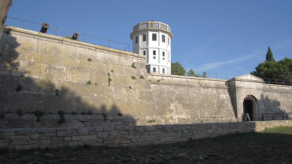 Entrance to Venetian Fortress, Pula, Istria County, Croatia, Adriatic, Europe