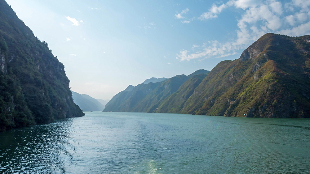 Video onboard cruise ship on the Yangtze River, Three Gorges, People's Republic of China, Asia