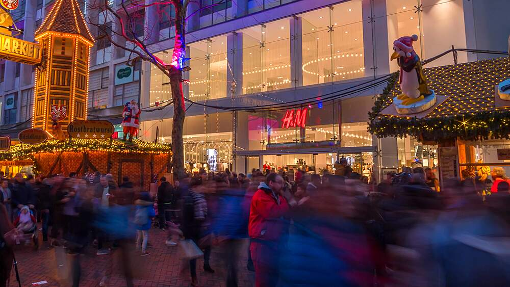 Time lapse of Christmas Market on New Street, Birmingham, England, United Kingdom, Europe