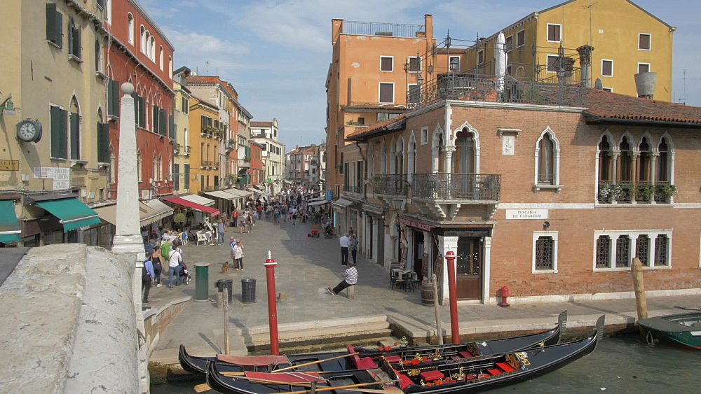 Venice from Scalzi Bridge near Santa Lucia Station, Venice, UNESCO World Heritage Site, Veneto, Italy, Europe