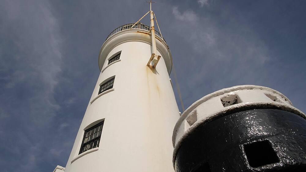 Old harbour lighthouse, Scarborough, North Yorkshire, Yorkshire, England, United Kingdom, Europe