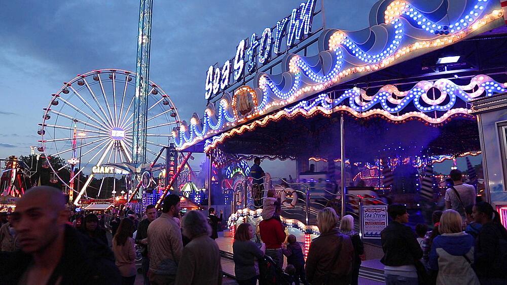 Fairground Ride, Goose Fair, Nottingham, Nottinghamshire, England, UK