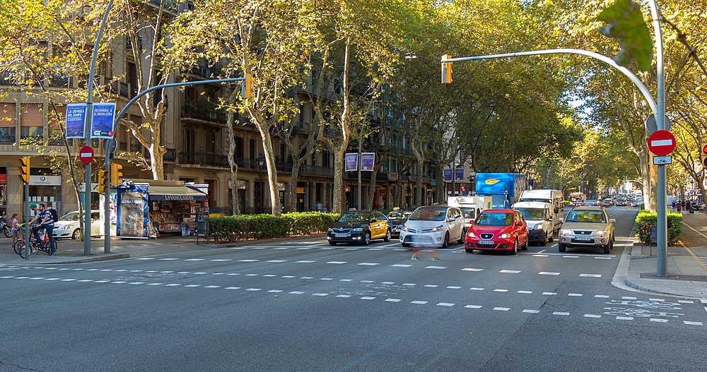 Traffic on Gran Via de les Corts Catalanes, Barcelona, Catalonia, Spain, Europe - 844-9708