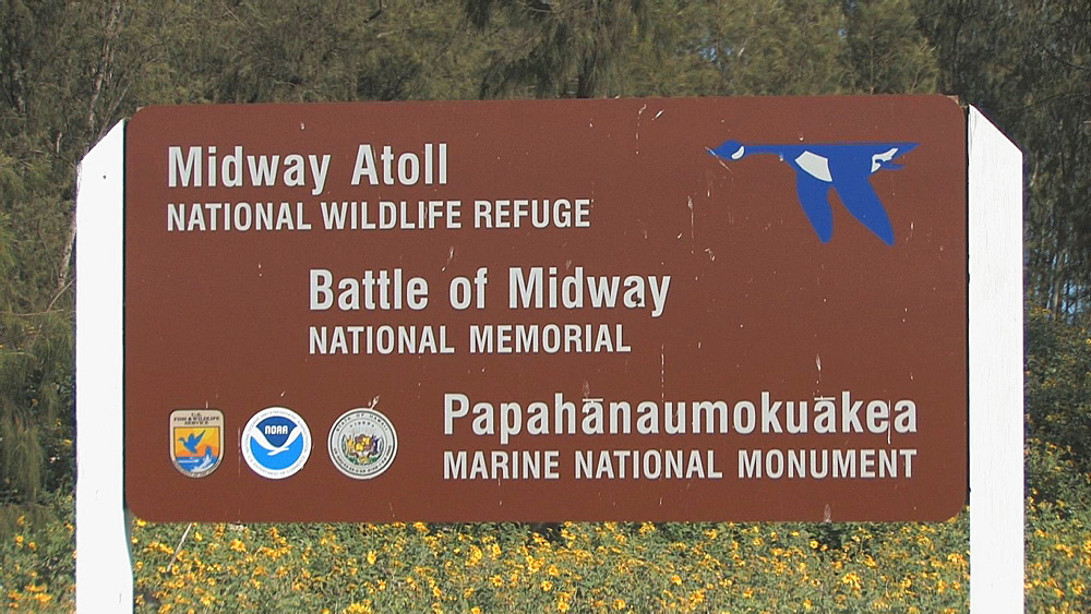 wildlife refuge sign. Midway Island. Pacific - 959-117