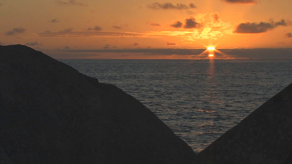 Sunset. Midway Island. Pacific - 959-96