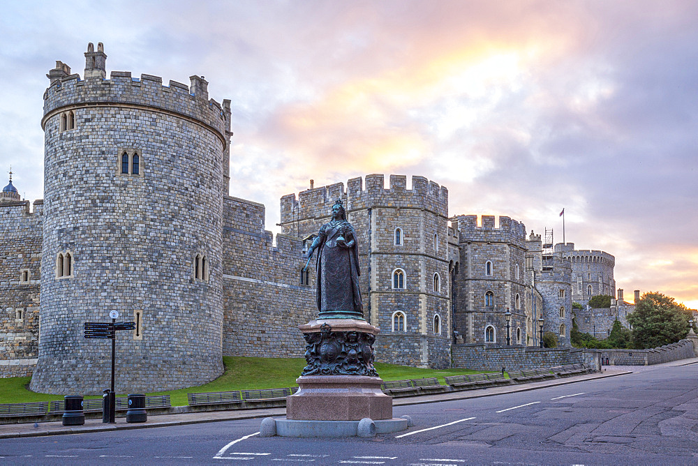 Windsor Castle and statue of Queen Victoria at sunrise, Windsor, Berkshire, England, United Kingdom, Europe - 10-416