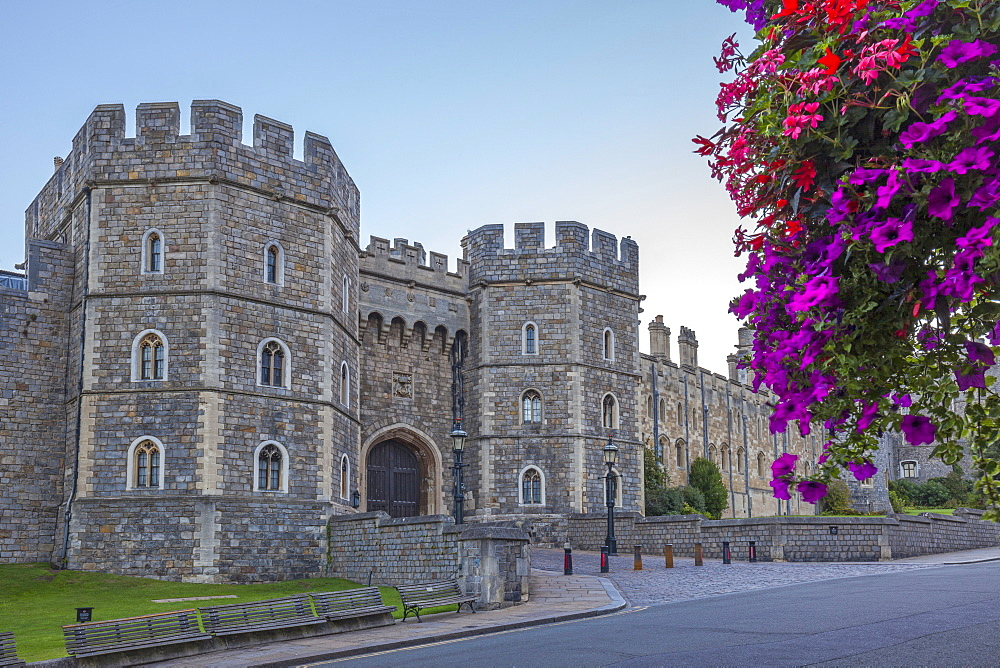 Windsor Castle in the morning with flowers in hanging baskets, Windsor, Berkshire, England, United Kingdom, Europe - 10-417