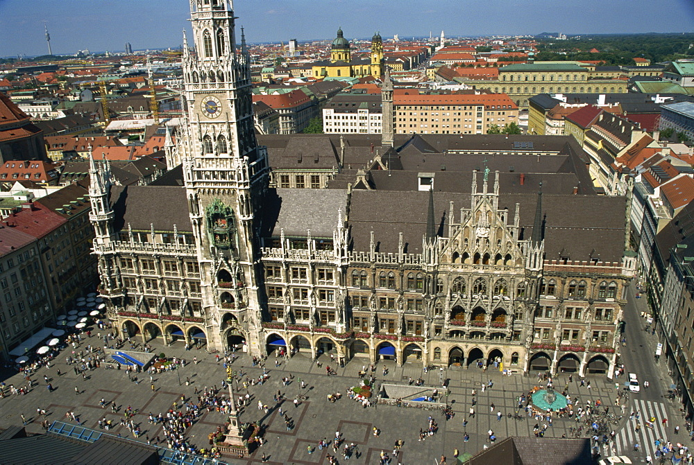 Neues Rathaus and Marienplatz, Munich, Bavaria, Germany, Europe - 110-16427