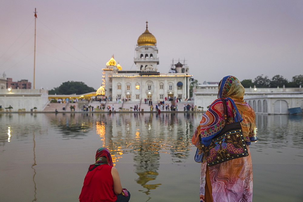 Gurdwara Bangla Sahib, a Sikh temple, New Delhi, Delhi, India, Asia - 1104-1041
