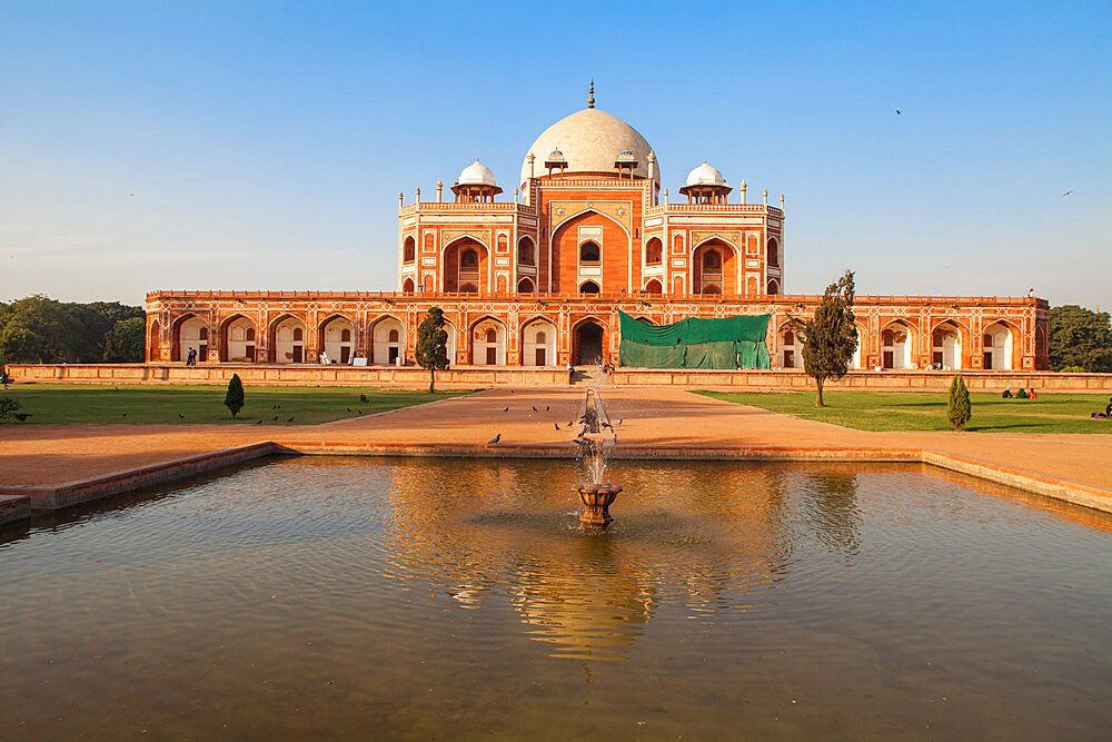 Humayun's Tomb, UNESCO World Heritage Site, New Delhi, Delhi, India, Asia - 1104-1066