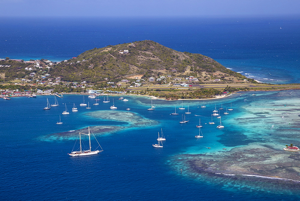 Aerial view of Union Island, looking towards Clifton and the airport, The Grenadines, St. Vincent and The Grenadines, West Indies, Caribbean, Central America