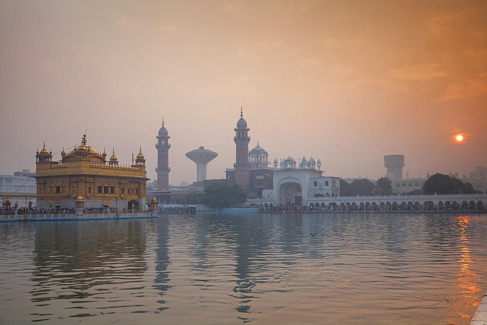 The Harmandir Sahib (The Golden Temple), Amritsar, Punjab, India, Asia - 1104-1143