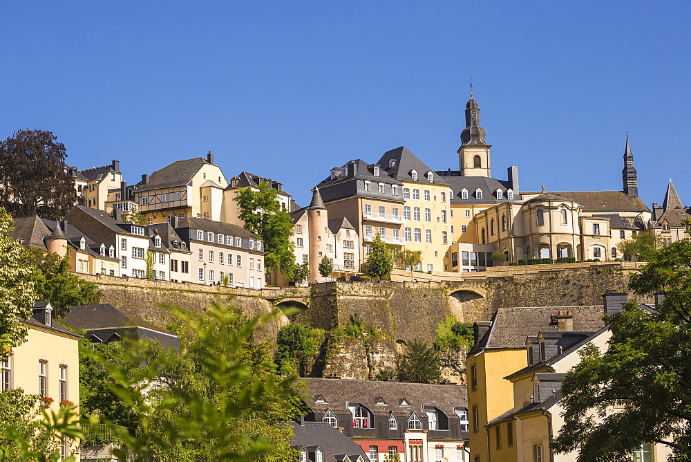 The Corniche (Chemin de la Corniche), UNESCO World Heritage Site, above The Grund (Lower Town), Luxembourg City, Luxembourg, Europe