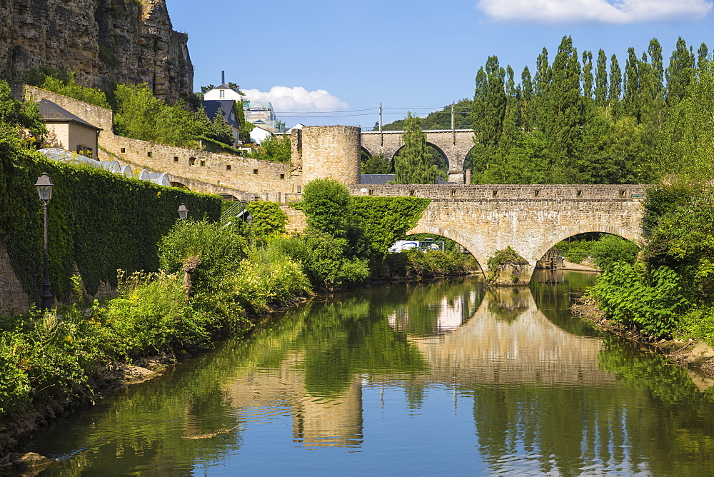 Stierchen stone footbridge and Wenzel wall, Luxembourg City, Luxembourg, Europe
