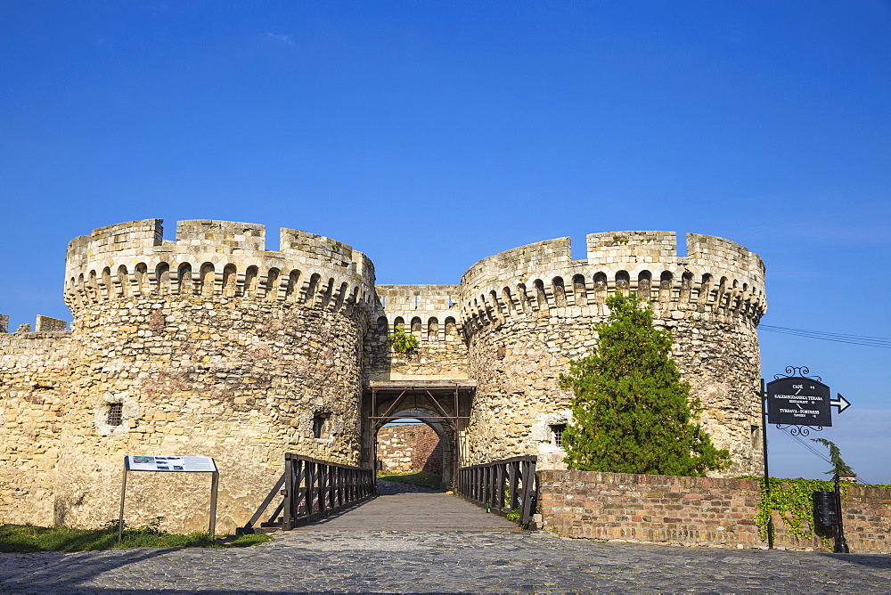 Serbia, Belgrade, Kalemegdan Park, Belgrade Fortress, Zinden gate and towers