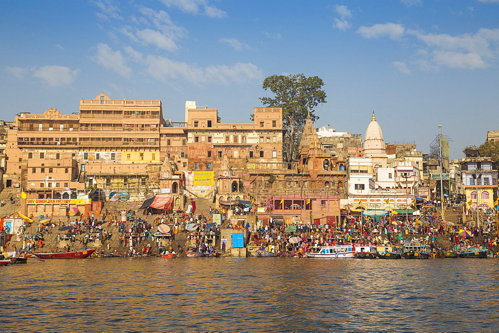 View towards Dashashwamedh and Munshi Ghats, Varanasi, Uttar Pradesh, India, Asia