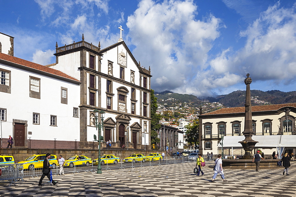 Portugal, Madeira, Funchal, Jesuits college and City Hall