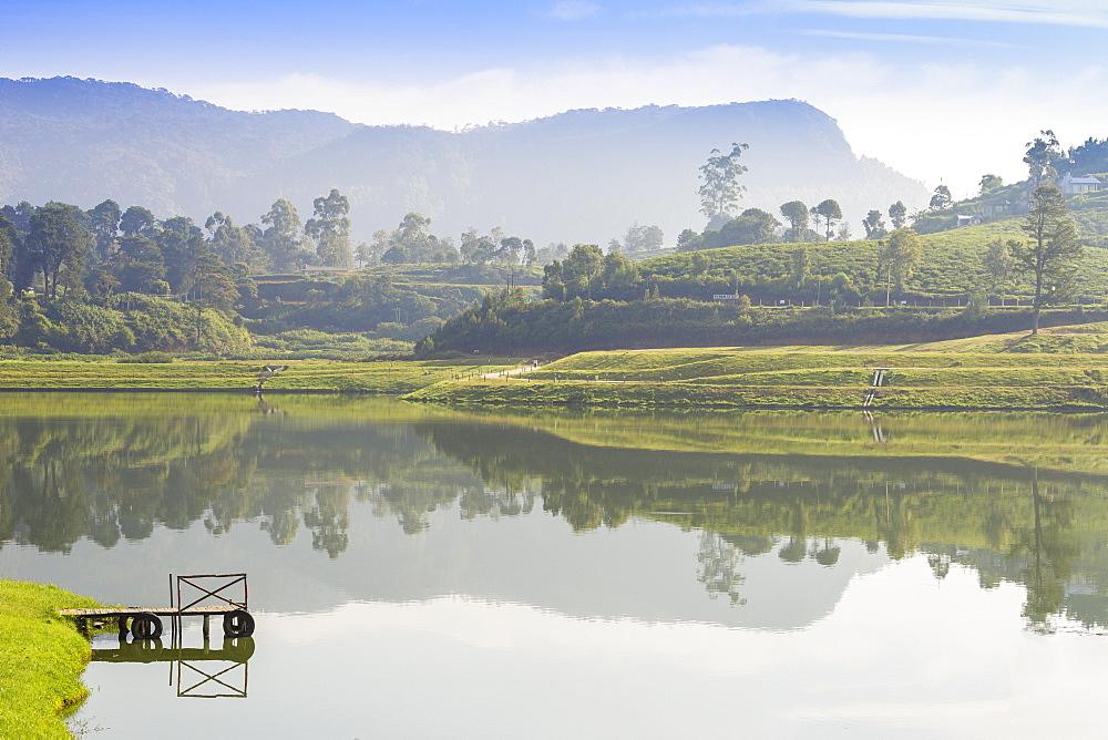 Gregory Lake, Nuwara Eliya, Central Province, Sri Lanka, Asia - 1104-1689