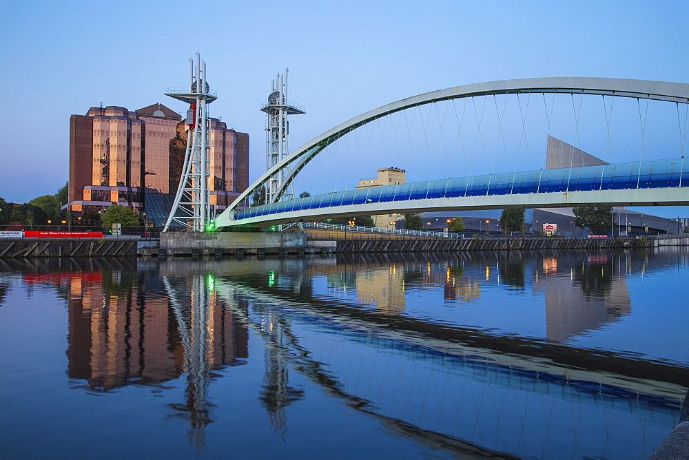 Lowry Bridge and Quay West at MediaCity UK, Salford Quays, Salford, Manchester, England, United Kingdom, Europe - 1104-1818