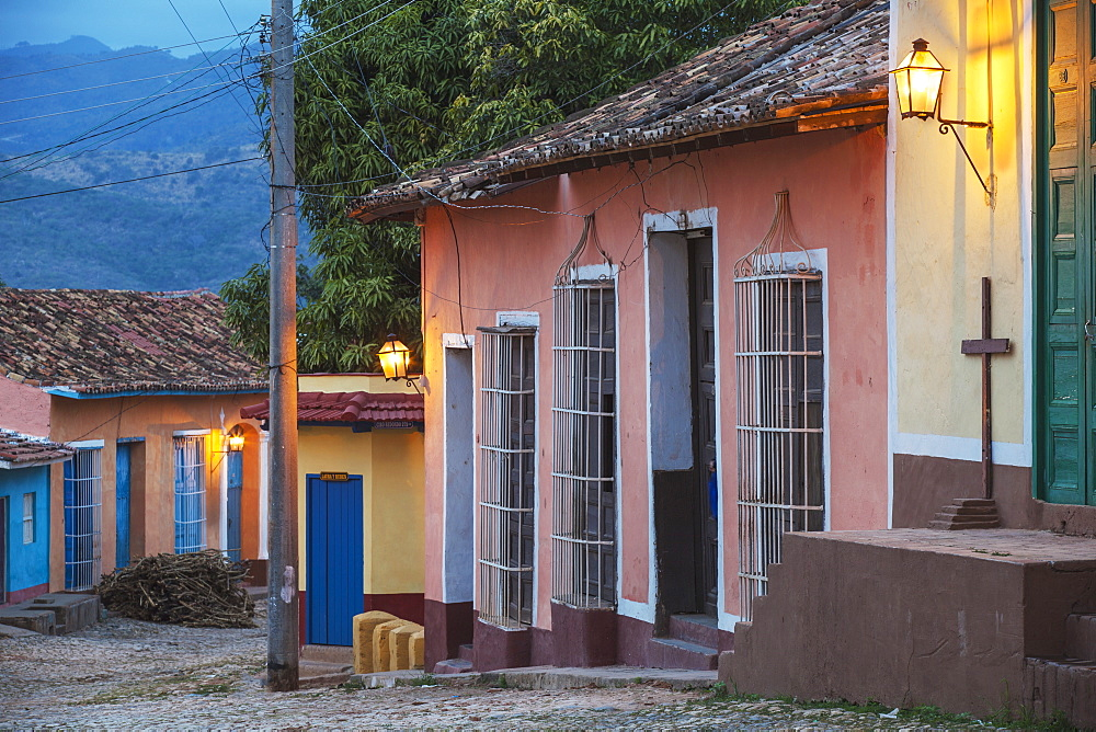Colourful street in historical center, Trinidad, UNESCO World Heritage Site, Sancti Spiritus Province, Cuba, West Indies, Caribbean, Central America