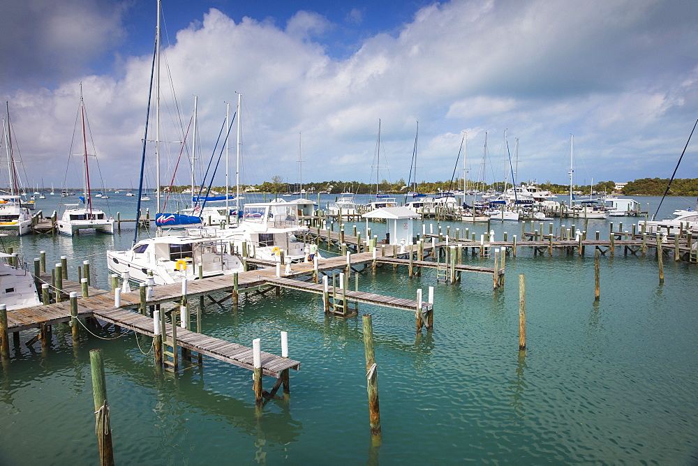 Bahamas, Abaco Islands, Great Abaco, Marsh Harbour - 1104-742